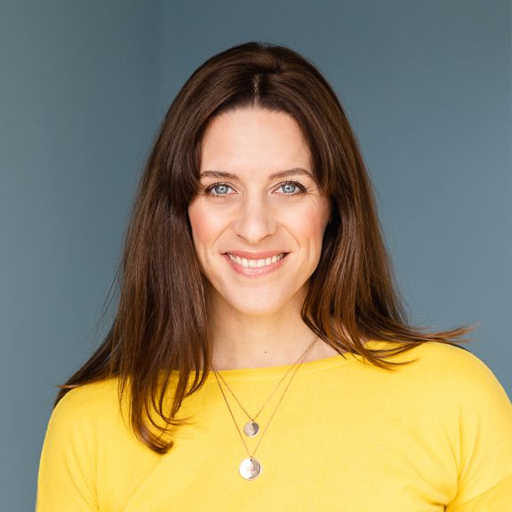 """Irina Naithani, Coaching & Consulting: """"I love to immerse myself in other people's stories."""""""