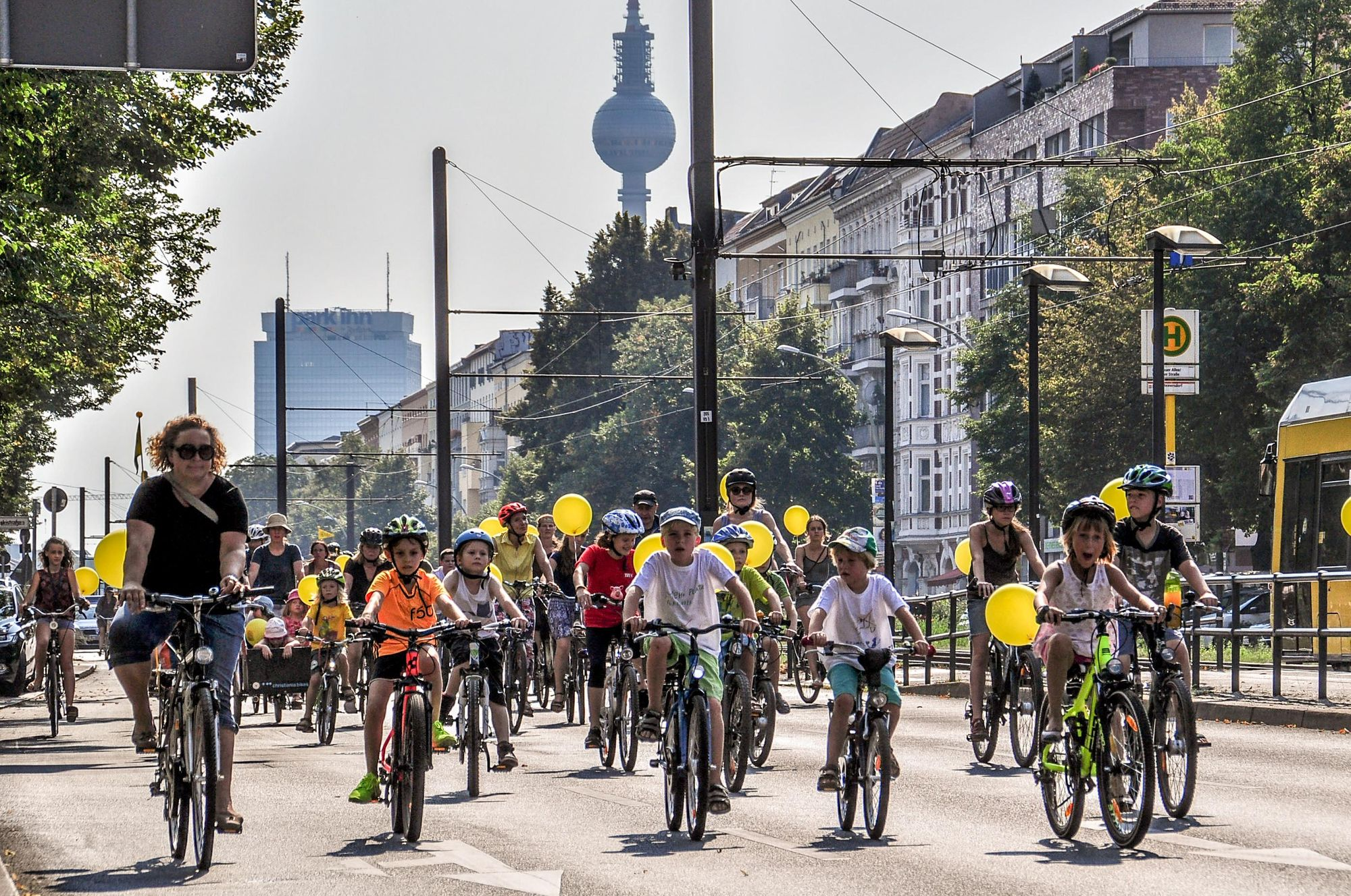 Picture showing children cycling on Berlin streets, fron Changing Cities Initiative, Berlin