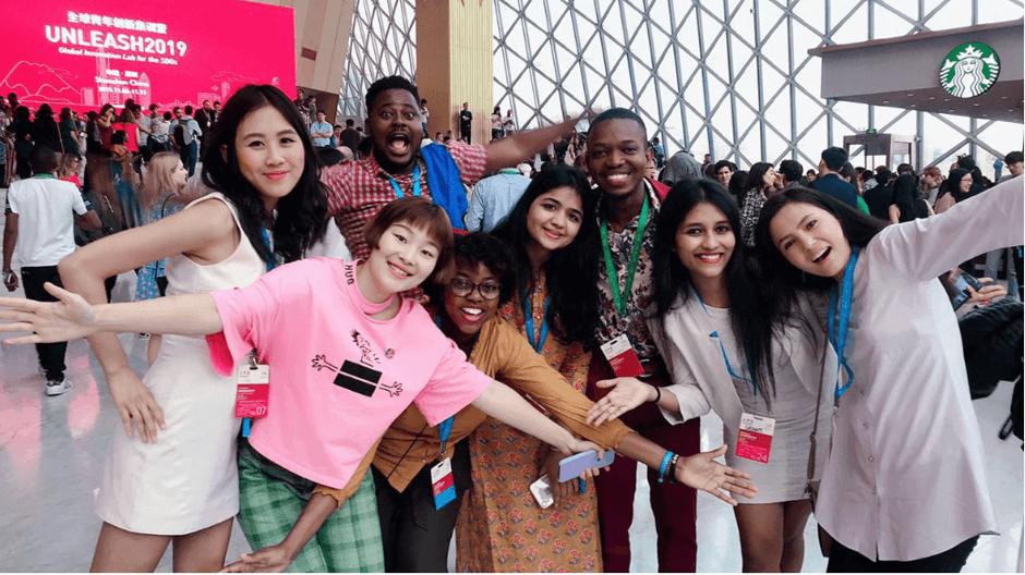 SDG6 Wasser- und Abwasser-Talente aus Ländern wie Haiti, Afghanistan, China, Australien und Indien bei der Abschlusszeremonie des UNLEASH-Innovationslabors