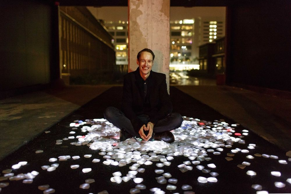 Roosegaarde in his studio in Rotterdam supports sustainable agriculture with art