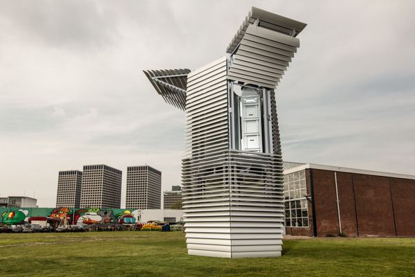 The Smog Free Tower: Less CO2 in the city
